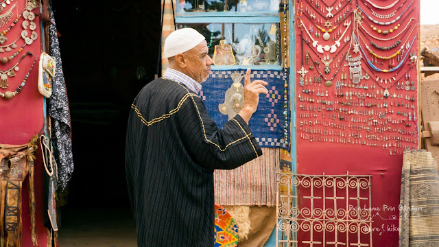 Moroccan_Bazaar_crafts