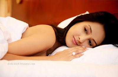 High quality photos of Beautiful actress Chahat Khanna