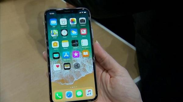 giá thay thế mặt kính cảm ứng iPhone X
