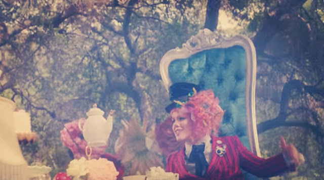 Pink - Just Like Fire LYRICS (Alice Through The Looking Glass, Movie Soundtrack)
