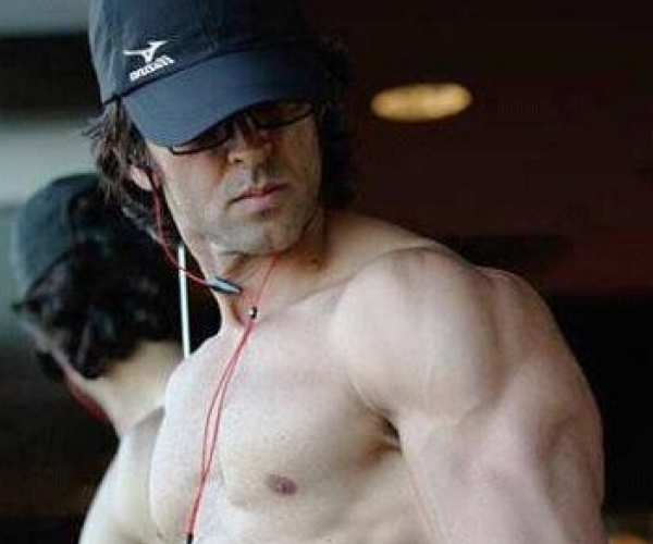 Hrithik roshan body workout and diet top ten indian bodybuilders hrithik roshan workout and diet thecheapjerseys Choice Image