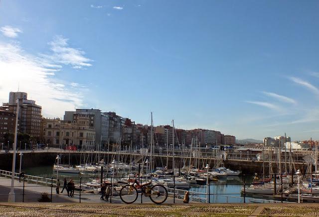 El puerto de Gijón
