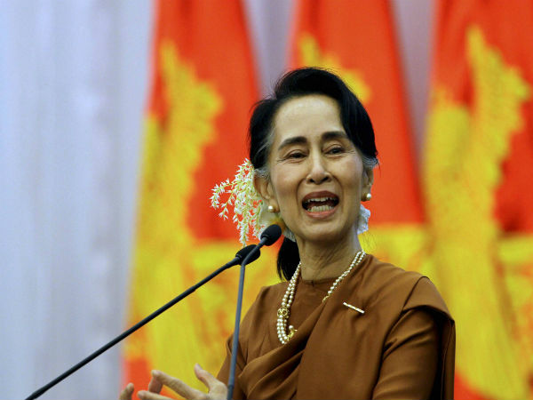 Akhirnya Aung San Suu Kyi Terseret Ke Mahkama Internasional  Melalui Petisi yang Cukup Rumit