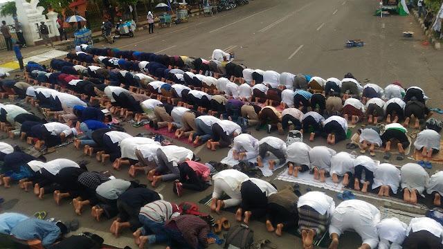 Sempat Dilarang Aparat, Begini Penampakan Peserta Aksi Bela Islam 64 Serang