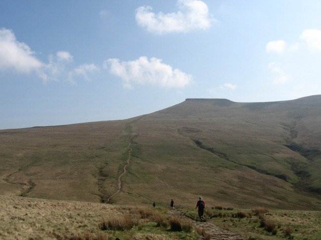 Walks-in-South-Wales-Pen-Y-Fan-image-of-pen-y-fan