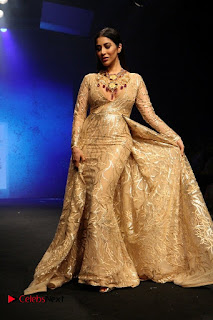 Actress Model Sophie Choudry Walks On Ramp For Abha Choudhary At LFW Summer 2017  0018.jpg