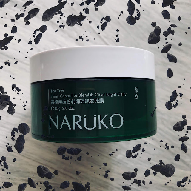 naruko-tea-tree-shine-control.jpg