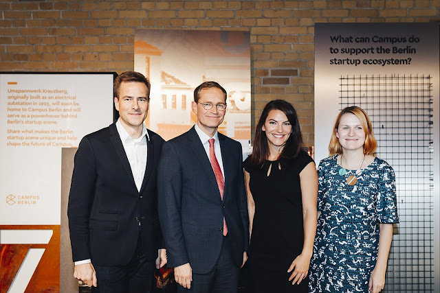 Gruppenbild mit Philipp Justus, Michael Müller, Bridgette Beam und Sarah Drinkwater.