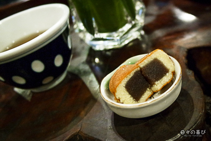 thé et pâtisserie à l'anko, amazake-chaya, hakone