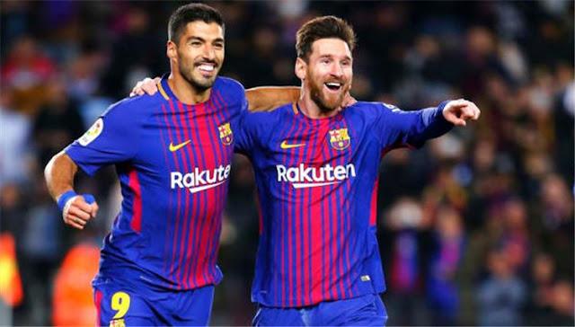 ميسي وسواريز وبيكيه يحددون مدرب برشلونة الجديد