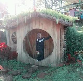 Spot Rumah Hobbit di Agrowisata Bhakti Alam, Ngembal, Pasuruan