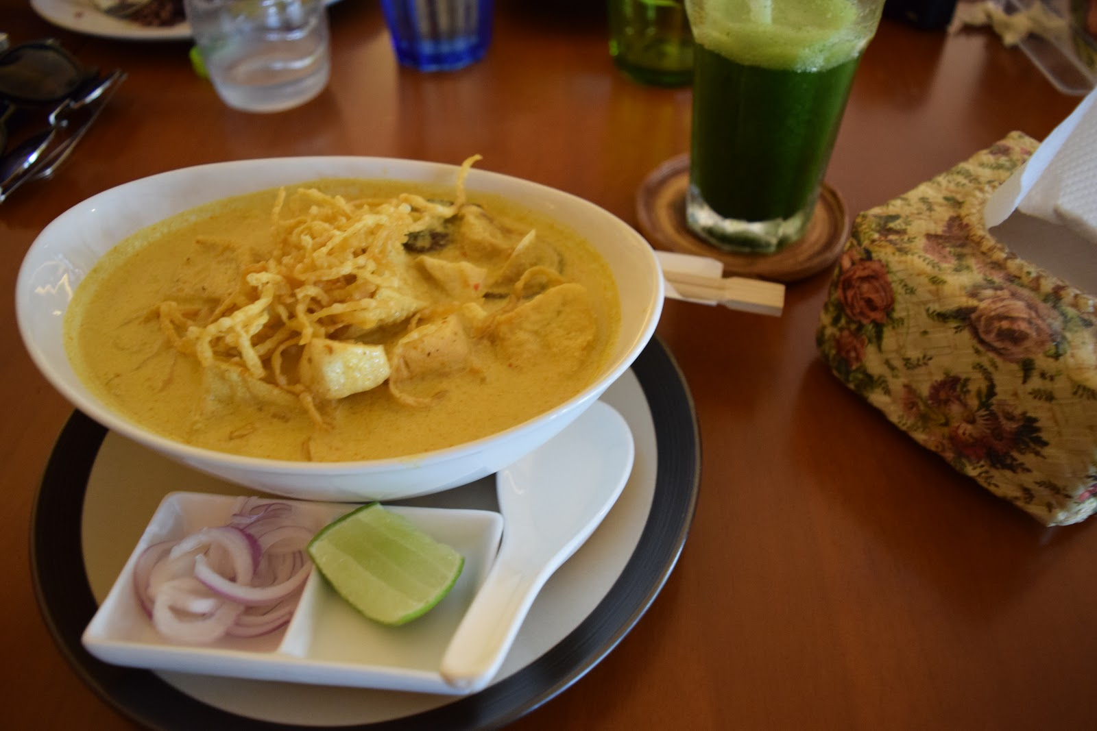 7 easy healthy vegan meals you can make in thailand vegan vs travel 7 easy healthy vegan meals you can make in thailand forumfinder Images