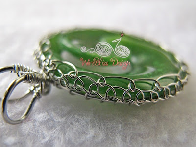 wire wrap, viking knit NZ jade pendant, side view