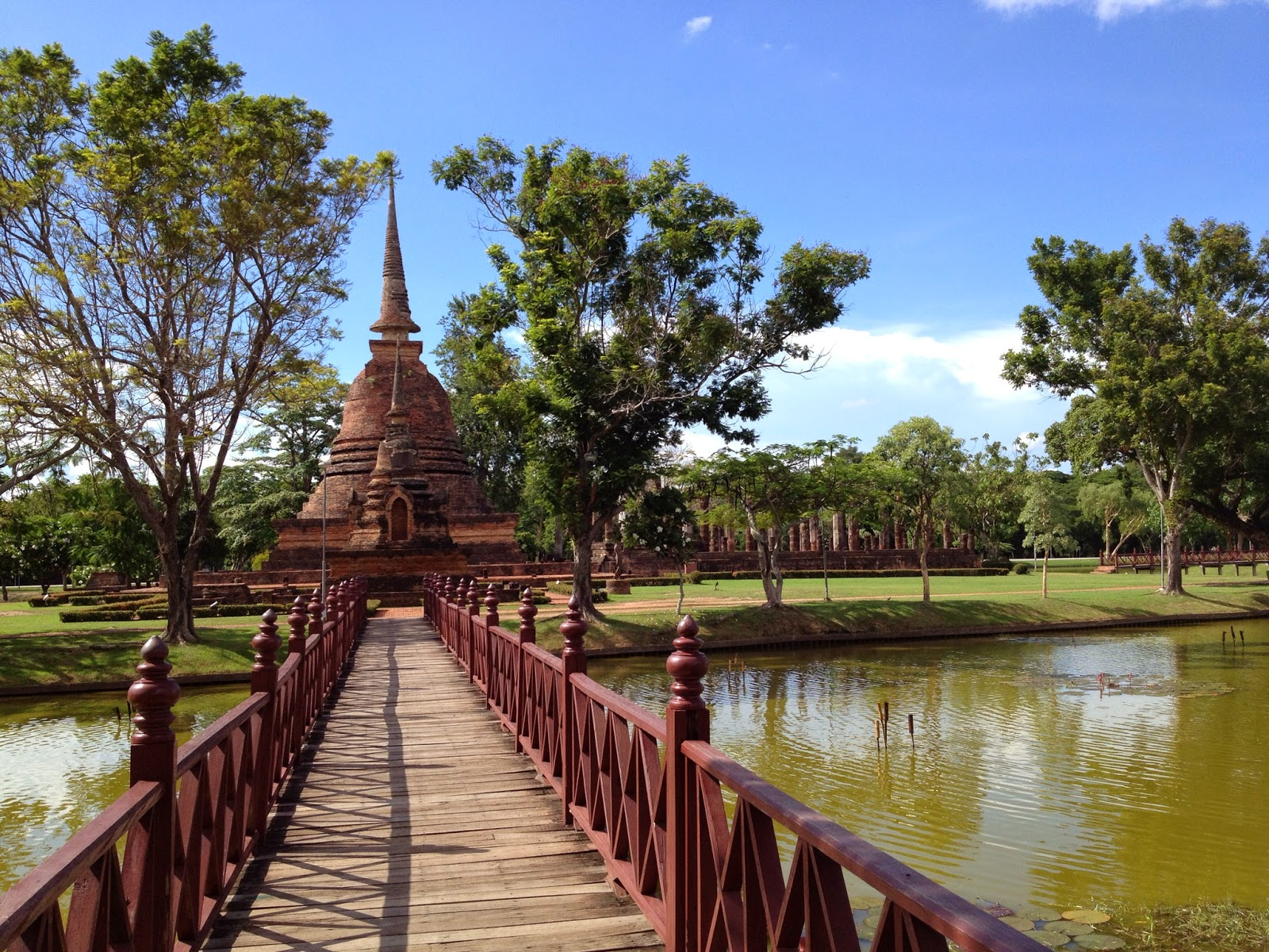 Old Sukhothai - Wat Sa Si