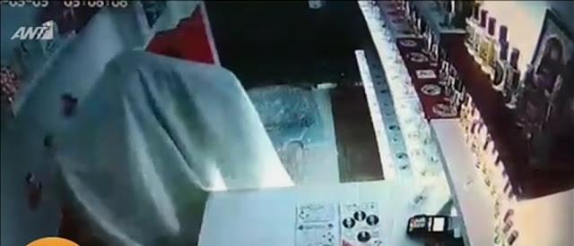 Ληστής ντύθηκε φάντασμα για να κλέψει μαγαζί  στη Θεσσαλονίκη