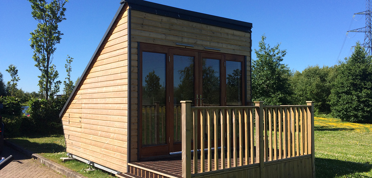 Shedworking garden office as eco friendly 39 power station 39 for Eco garden office