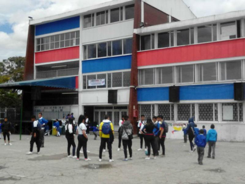 El Colegio El Jazmín le da un no rotundo a la jornada única sin condiciones