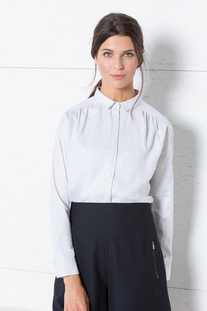 Fondo de armario rebajas FW 2015-2016 camisa blanca