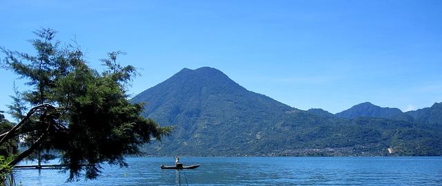 Lake Atitlán, Lago de Atitlán, Beautiful lakes, See, water, swimming,