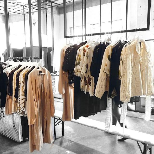 berlin fashion week, mbfw, fashion week 2017, trends 2017, ewa herzog, ss18, show, event, mercedes benz fashion week, fashion blog, influencer, deutsche blogger, german blogger, outfit inspiration, kadewe, show&order, show and order, messe, prada, vesace, dior, chanel, ysl, Yves saint laurent, gucci