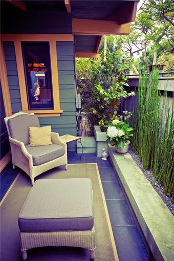 Great patio design for narrow yard