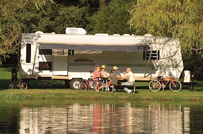 Volunteers needed for summer campground hosts at Michigan State Parks