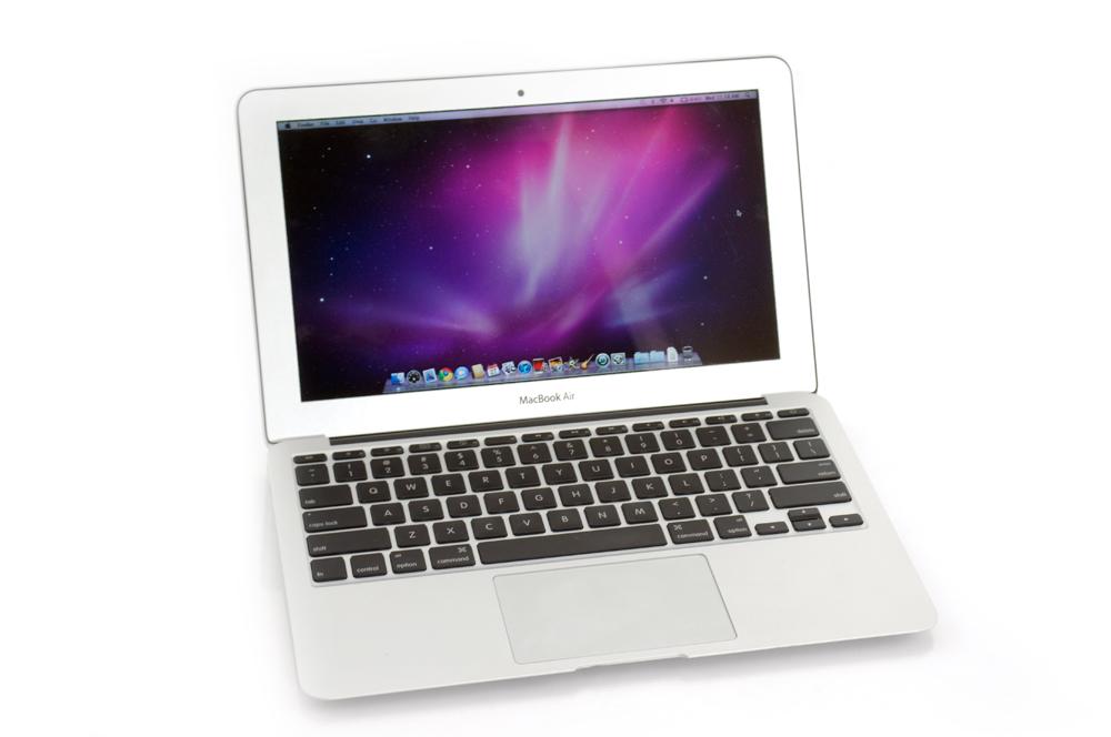 apple macbook air 11 6 inch review hotblog review. Black Bedroom Furniture Sets. Home Design Ideas