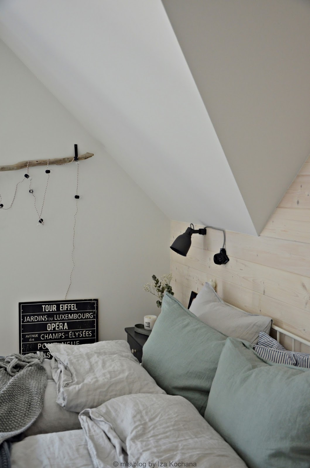 cozy nordic bedroom