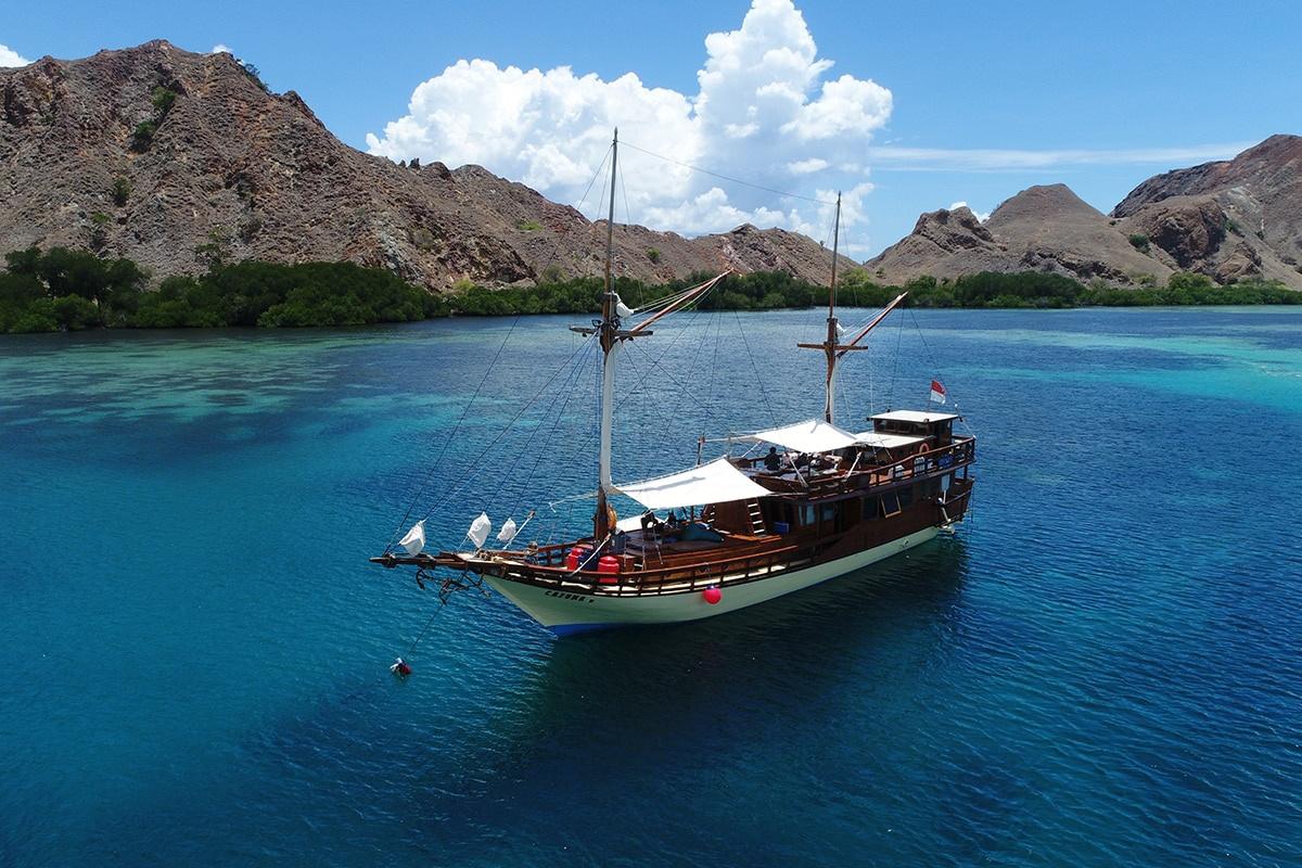 Hasil gambar untuk Nusa Tenggara Barat ternyata menyimpan sejuta potensi wisata