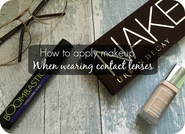 tips on applying makeup whilst wearing contact lenses