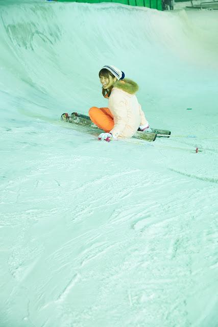 Hisamatsu Ikumi 久松郁実 SNOW ROMANCE Images 07
