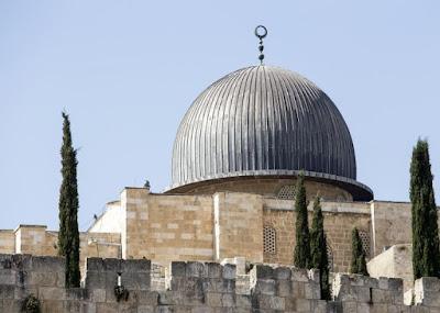 Pregador muçulmano é preso por incitar ódio na mesquita de Al-Aqsa