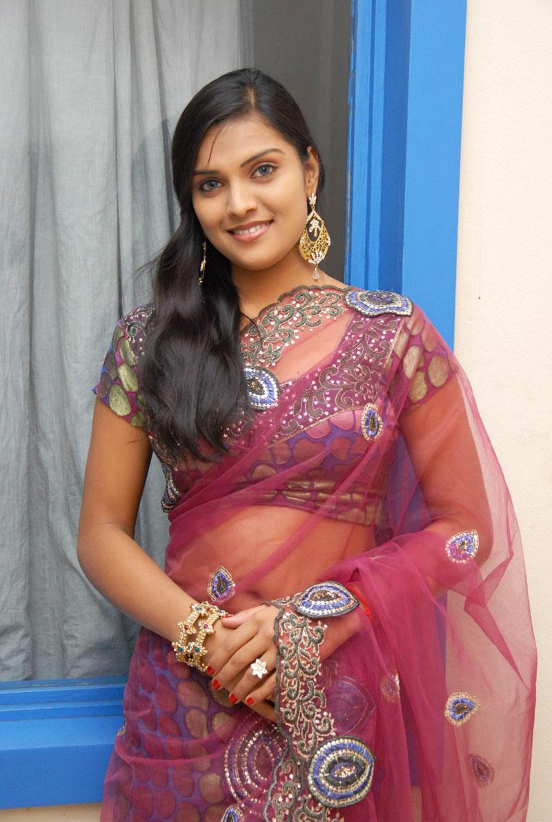 New Actress Prakruthi Latest Hot Saree Stills In Spicy -7623