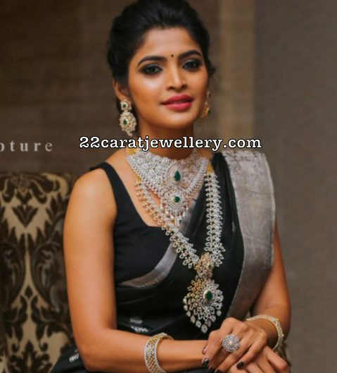 Sanchita Shetty Diamond Jewellery Ad by Nac
