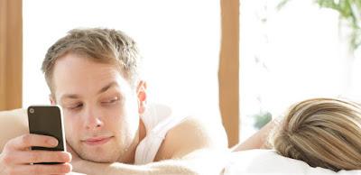 Fakta Mengapa Selingkuh Menjadi Kebiasaan