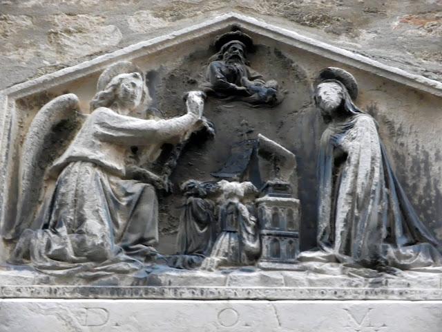 Stone relief of the Annunciation, Crosera, Venice.