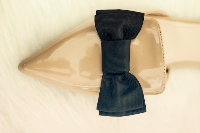 H&M nude ballerina flats with bow