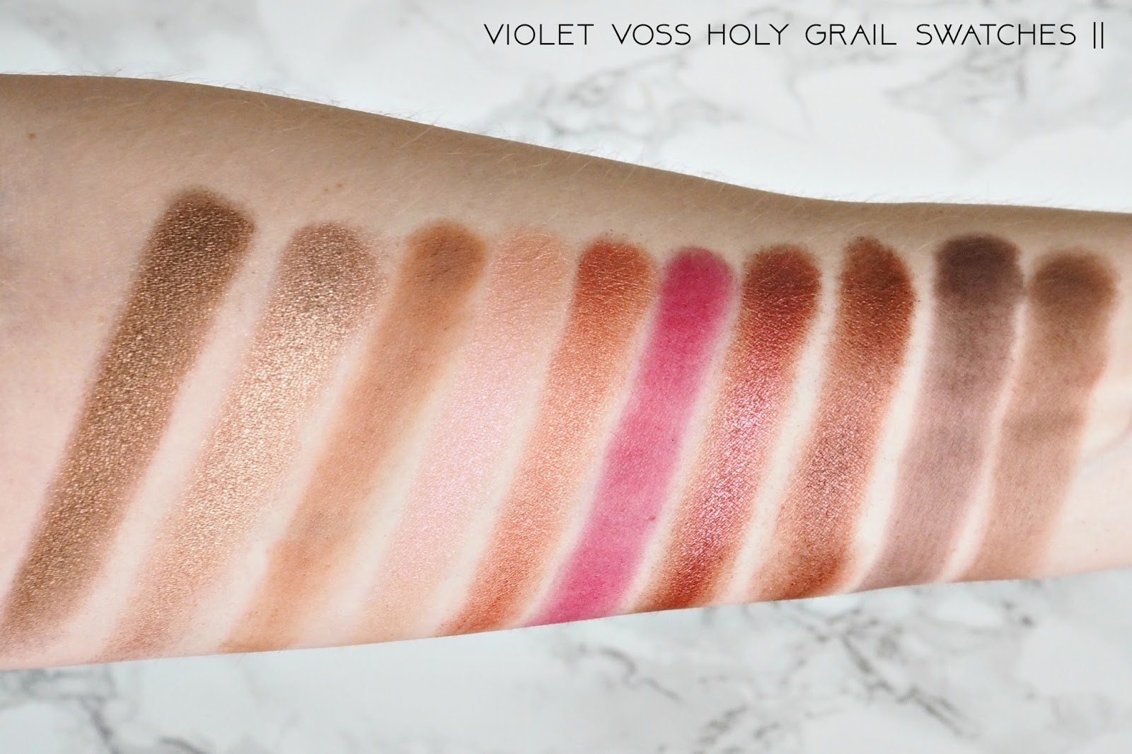 Violet Voss Holy Grail palette Swatches