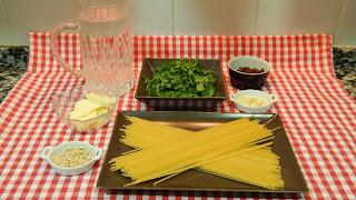 Receta fácil de espaguetis con espinacas
