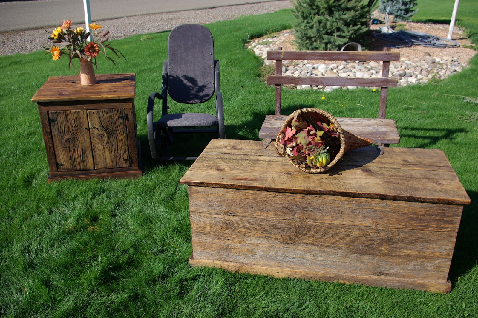 Reclaimed Rustics Barn Wood Coffee Table And Matching End