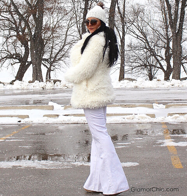 winter, fauxfur, street style, casual chic, winter fashion, guess jeans, tom ford sunglasses, labelshoes.com shoes, all white
