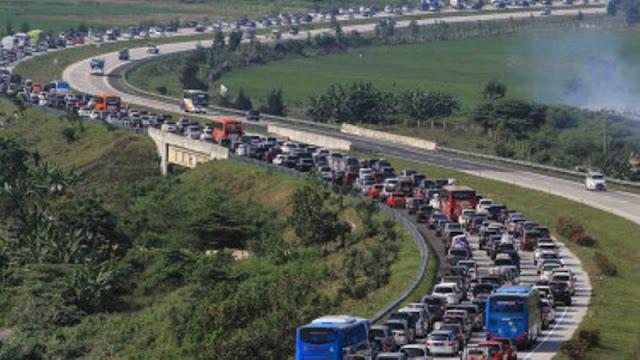 Kemacetan Cipali 42 Km, Begini Sindiran Telak Warganet