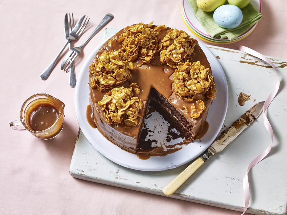 How To Make A Chocolate And Salted Caramel Crunch