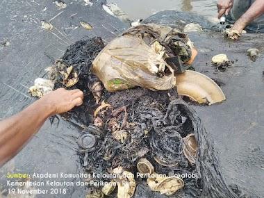 Sampah PLASTIK Sumber Masalah..!!