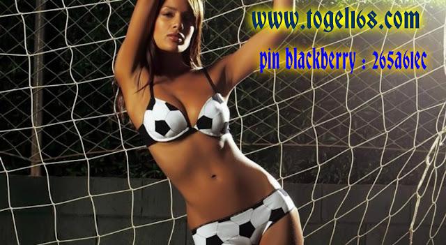 [Image: pizap.com14904950787353.jpg]