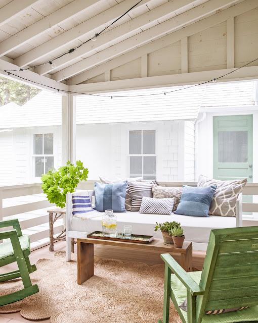 Monday Inspiration   A Tiny Maine Cottage
