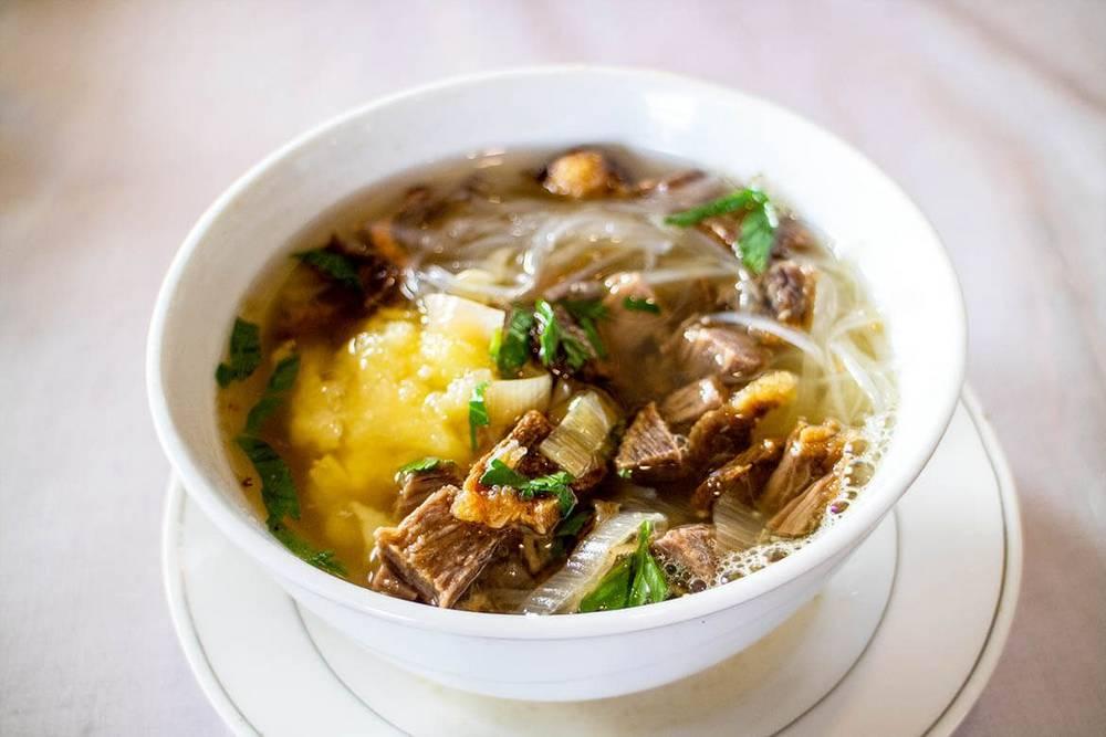 Soto Garuda (goodindonesianfood.com)