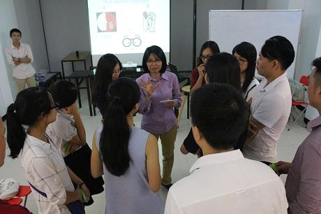 workshop-nghe-thuat-lang-nghe-de-thau-hieu-va-yeu-thuong-hon