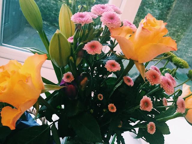 Serenata Flowers hamper
