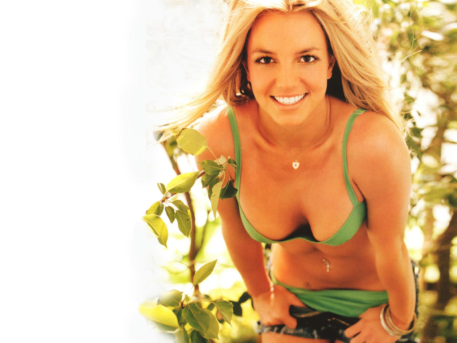 Britney Spears Gorgeous And Hot Singer Fresh Wallpapers
